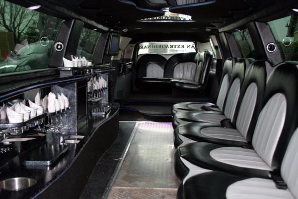 20 passenger escalade interior